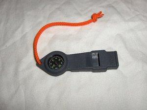 Visselpipa med kompass -Vilsepipa för barn